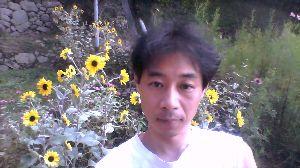 広島に住んでいます ┳┻|   ┳|_∧   ┻|ω・)    けんしだよ ┳┻|⊂ノ