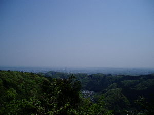 高尾山、陣馬山を好きな人 昨日16日、稲荷山コースから城山までいって帰りは5号路4号路琵琶滝コースで25000歩の歩きでした。