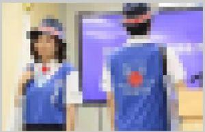 ドラえもんは・・・ 東京五輪に向けた観光ガイド 「おもてなし東京」の制服がダサすぎると話題に! 「50年前のセンス」 「