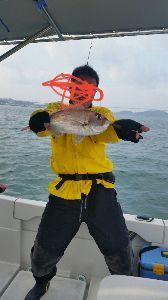 瀬戸内で釣り三昧 100匹目の記念撮影♪♪w
