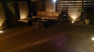 ☆~トレード・ア・ライブⅡ~☆ アジアンリゾートとかホテルで使われてる屋外用ソファー置いたったwww ダウンライトで仕様ですw ラス