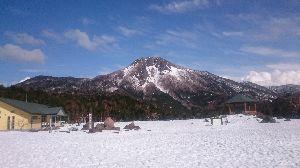 孤独なスキーヤーのスキー場の過ごし方 皆さん、こんにちは(^-^)/  今シ-ズンも残すところ 後僅かになってしまいますね〜(^_^;)