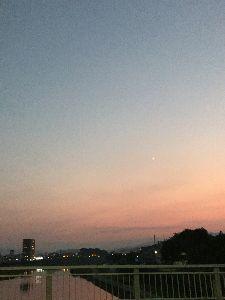 思いきってはじめてみよう おはようございます(^-^)  北斗星さん  さやかさん  朝から暑いですねー 蝉は、ガン鳴きです(