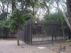 自然エネルギーの普及に向けて。 「鎮霊社」って、ご存知ですか?            靖国神社の境内にありますが・・・