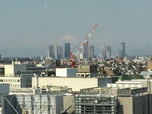 35年生まれ~39年生まれの方 みなさまご無沙汰しております。千葉からはとうとう富士山は見えなくなりました。 今日、会社の研修で大森