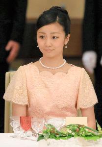 ルビー・リンが佳子さまに似ている 佳子さまの画像