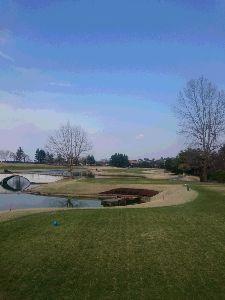 下町&ちば・さいたま♪ ゴルフ⛳&温泉♨&あとは・・・ 先日のラウンド写真です。カントリー・ザ・レイクスで池だらけ。