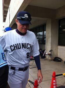"""""""投壊中日"""" 友利コーチ、全てはキミの責任だゾヽ(`д´)ノ http://www.tokyo-sports.co.jp/sports/baseball/2629"""