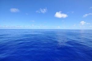 もっと自由に恋したい。(独り言専用トピ) 青い爽やかな空と海 g