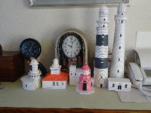 ★☆居酒屋『Love&Peace』信州店_開店のお 灯台の説明、大間違いでした。 右端は三浦半島の「観音埼灯台(初代)」です。 日本最古(明治2年)は合