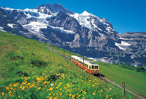 呟きながらしりとりしませんか?笑 スイスの景色  *ナポリさんは、確かリーマンではないので、3連休では ないのかしら?