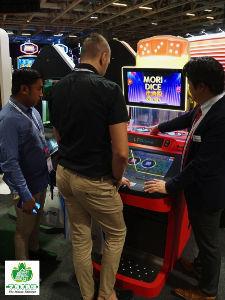 2743 - ピクセルカンパニーズ(株) LT GAME JAPANが出展したシックボウのETGマシン=2019年11月12日