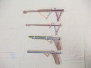60歳超えてどんな生活してるの? 子供の工作サンプルを作ってみました。 子供でも簡単に出来る輪ゴム銃です。 空き缶などの的当てで遊ぶと