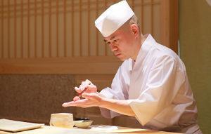 9318 - アジア開発キャピタル(株) こんな日は小増寿司の握りでも食べて株の事はわすれましょうや。 焼津で採れた新鮮鮮魚、握ってます。