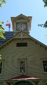 いつだって、そばにいるからね♪ おはようございます(^-^)/ 札幌時計台です😆🎵🎵