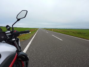 来月、北海道へツーリングに行くのですが; 皆さん、ご無沙汰しております。 一番遅い渡道でしたが、無事に終了し暑い関西に帰ってきました。  しか