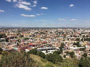 昭和35~36年生まれの人集まって~♪ こんにちは みなさん元気ですか?  今はメキシコシティーに遊びに来ています とても魅力的な街で気に良