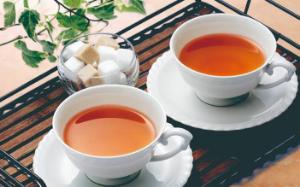 ■居酒屋㊑其の二■ 女子二人、紅茶でもどうぞ!(^-^) ごゆっくり~