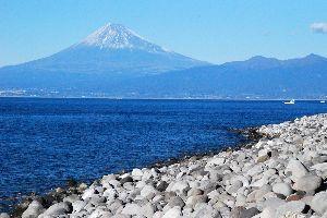 心を空っぽにして 湯ヶ島あたりは紅葉がちょうどよかったんじゃないかと思うが・・・。  僕は船原温泉経由で西伊豆へ出て富