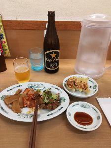 川越で 台風の影響で電車が止まってしまいました。  只今、大宮でちょい飲み中です。  どんだけ飲めば動くやら