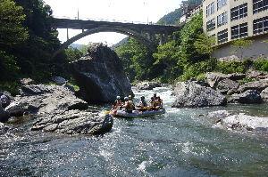 奥多摩ファン集合! 【御岳渓谷】 15日、凄まじい暑さのため、渓流を見たくなり急遽御岳渓谷まで車で行って来ました。 久し