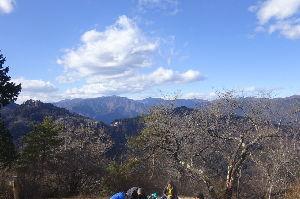 奥多摩ファン集合! 【御岳神社初詣~日の出山】 今年最初の登山は3人で御岳山初詣と日の出山に行って来ました。 ケーブルカ