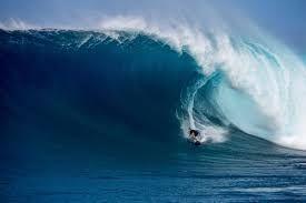 3723 - 日本ファルコム(株) 浮動株が少ないから大波オオボラwwww  落ち着くまで 飲み込まれないように上手く乗りたいですなーー