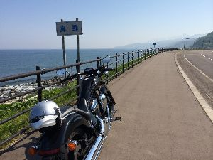 小樽~道東海岸線~苫小牧 4日目、網走からR244→R334(知床国道)を東進、約60Km地点で真鯉という標識があり