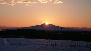 「北の居酒屋」 斜里岳の日の出