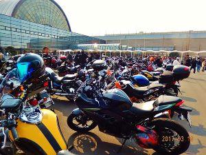 空想ライダーズ・カフェ☆クランク☆ マスター、皆さん🎵お久しぶりです。 本日、久しぶりにバイクを出してインテックス大阪二輪車showへ行