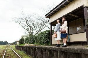 俳句と川柳でしりとりを楽しみましょう! 【無人駅 手前の駅の 切符で降り】    昔の話し?・・・
