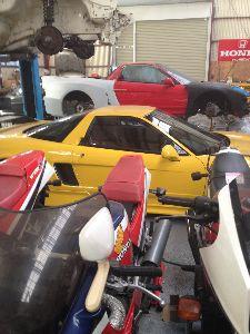 VF1000Rに乗ってます こんにちは! 山梨からです 近所にあるVF好きな(ホンダ好き)の修理屋さんです!