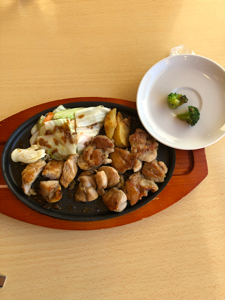 9942 - (株)ジョイフル 富山県高岡インター店のチキンカットステーキで噂のブロッコリーに遭遇、ワロタ