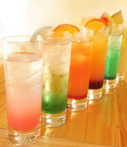 楽しく行こっ♪ 時を待つ    酒飲める日が        いつか来る  うささん、みりんさん、凛々さん、こんにちは