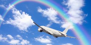 楽しく行こっ♪ 未体験   飛行機旅行      怖いんだ  私は飛行機に一回も乗ったことがありません。 怖いのです