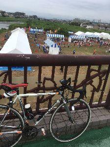 OO 自転車に乗ろう3 OO 漸く2ヶ月の空白を埋めて、13日の日曜日の2月振りのライドの模様です(o^^o)  雨ばかりで大気が