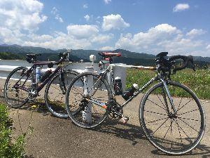 OO 自転車に乗ろう3 OO 山の駅たかはらは、遊歩道のため池の先から周回して矢板から那須寄りに降りるはずが、、、駐車場の先がダー