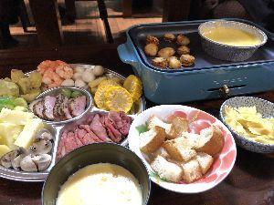 福岡発~1968年生まれ 今日はチーズなんとかに、挑戦。 美味しい、けど食べきれない。