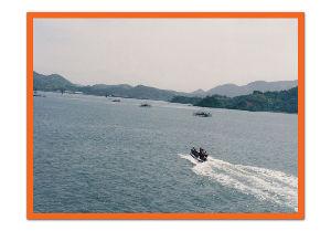 船大好き・船旅大好きな方待っています。 放浪勝手者さんへ 船の中は、自由ですよ。丸で、東京の銀座みたい階があります。