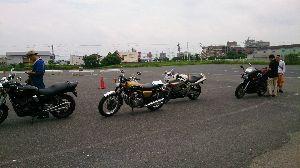 プチツーリング大阪北摂 こんにちは!無事、車検も終わりました。案外、簡単でした。それより、明日なんですが、急に予定が入ってし