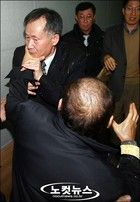 統一教会に操縦されて崩壊した民主党 李 栄薫(イ・ヨンフン ) ソウル大学教授は、  「朝鮮総督府が強制的に慰安婦を動員したと、どの学者