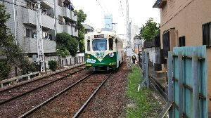 ベイスターズと鉄道、音楽のある風景 isiのタブレット版です 久しぶりにこのトビに投稿。大阪のある風景 路面電車とあべのハルカス