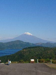 刀 元気ですか! 連休中にカタナで箱根に行って来ました。 富士山がキレイに見えました。