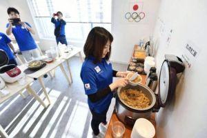 喫茶屋台「一服汁」 「日本からの食物には放射能が~」と騒いでいる奴は朝鮮サヨク・北朝鮮(≒文在寅)の手先。   韓国メデ