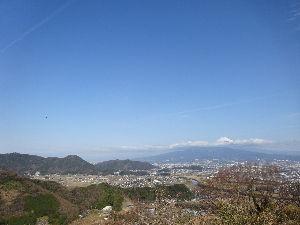 御岳山へ レッツらGO! こんにちは^^  リトさん^^ 冬の谷川はぜんぜん別物でしたよ。。。(#^^#) 晴天でほんと良かっ