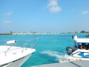 海外のビーチリゾート大好き人間集まれ 外務省のホームページで 政府は全てのモルディブ人とモルディブに滞在及び訪問中の外国人の安全が確保され
