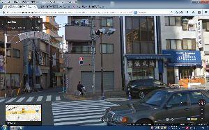 パソコントラブル 大通りまで出てみました。 あーーこれですね。 このアーチは記憶にあります。 確かにこの商店街です。
