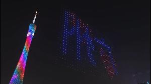 毛沢東 無駄の議論。 千台のトロンから組む東京タワー高さのLEDショー、すごい制御技術だよ。 千台の無人攻撃