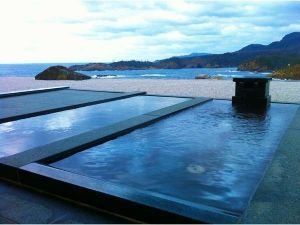 温泉同好会   1月3日 初詣は島根県の須佐神社に。 その延長で「出雲ひのみさき温泉」に行って来ました。 そのな