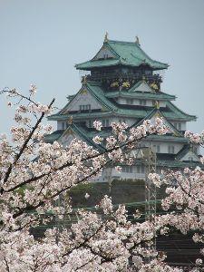 ∞少年少女∞ ∞桜とお城∞  こんな感じで大阪城も見えましてん